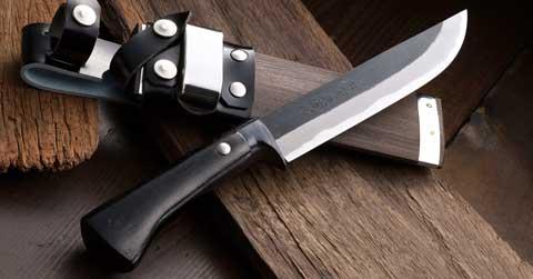 סכין מחנאות