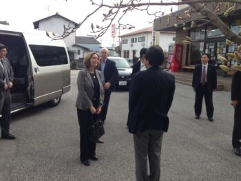 ביקור שגרירת ישראל ביפן במפעל סכיני טוסה