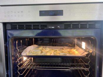תפוחי אדמה לפני כניסה בתנור